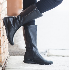 ECCO 爱步 芭贝特系列 女式GTX防水真皮长靴$70.34,