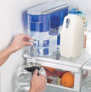 PUR 18 Cup Dispenser w/ 1 Filter 带过滤嘴 家用饮水壶$21.59,