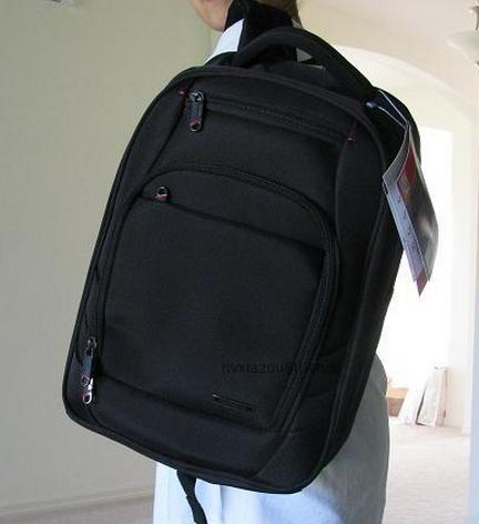 历史新低价!!Samsonite Xenon 2 新秀丽笔记本电脑双肩包$49.99,