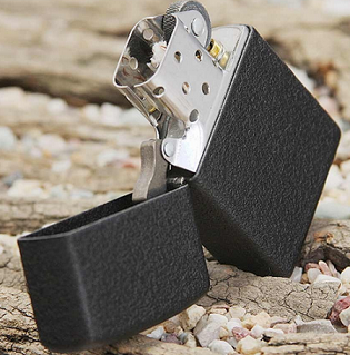Zippo Black Crackle Lighter 磨砂版打火机$10,
